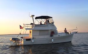 Used Mainship 34 Trawler Cruiser Boat For Sale