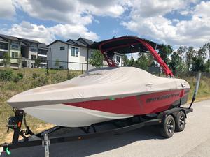Used Malibu VTX WAKESETTERVTX WAKESETTER Ski and Wakeboard Boat For Sale