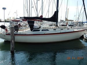 Used Islander 36 Catamaran Sailboat For Sale