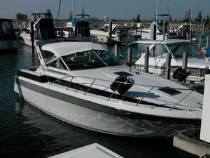 Used Chris-Craft Amerosport 320 Express Cruiser Boat For Sale