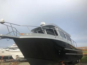 Used Kingfisher 3325 Pilothouse Boat For Sale