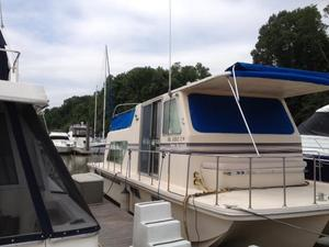 Used Holiday Mansion Barracuda 36' House Boat For Sale