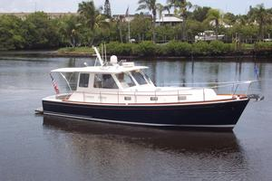 Used Grand Banks Eastbay 43 HX Express Cruiser Boat For Sale