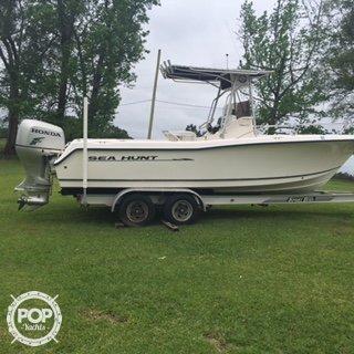 Used Sea Hunt 232 Triton Center Console Fishing Boat For Sale
