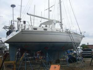 Used Gulfstar Csy 42 Cruiser Sailboat For Sale