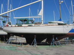 Used Gulfstar 44 CC Cruiser Sailboat For Sale