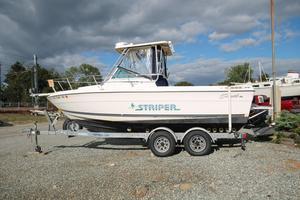 Used Seaswirl 2150 Walkaround Cuddy Cabin Boat For Sale