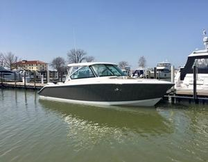 New Pursuit 325 Dual Console Bowrider Boat For Sale