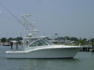New Albemarle 32 Express Fisherman Center Console Fishing Boat For Sale