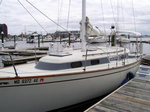 Used Pearson 323 Racer and Cruiser Sailboat For Sale