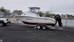 Used Seaswirl Striper 2301 Walkaround Fishing Boat For Sale