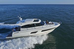 New Prestige 420S Motor Yacht For Sale