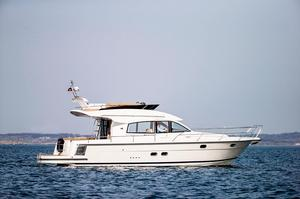New Nimbus 405 Flybridge Cruiser Boat For Sale