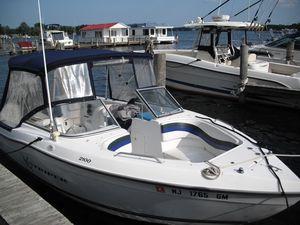 Used Sea Swirl 2100 Striper Bowrider Boat For Sale