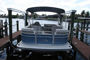 Used Bennington SL20 Pontoon Boat For Sale