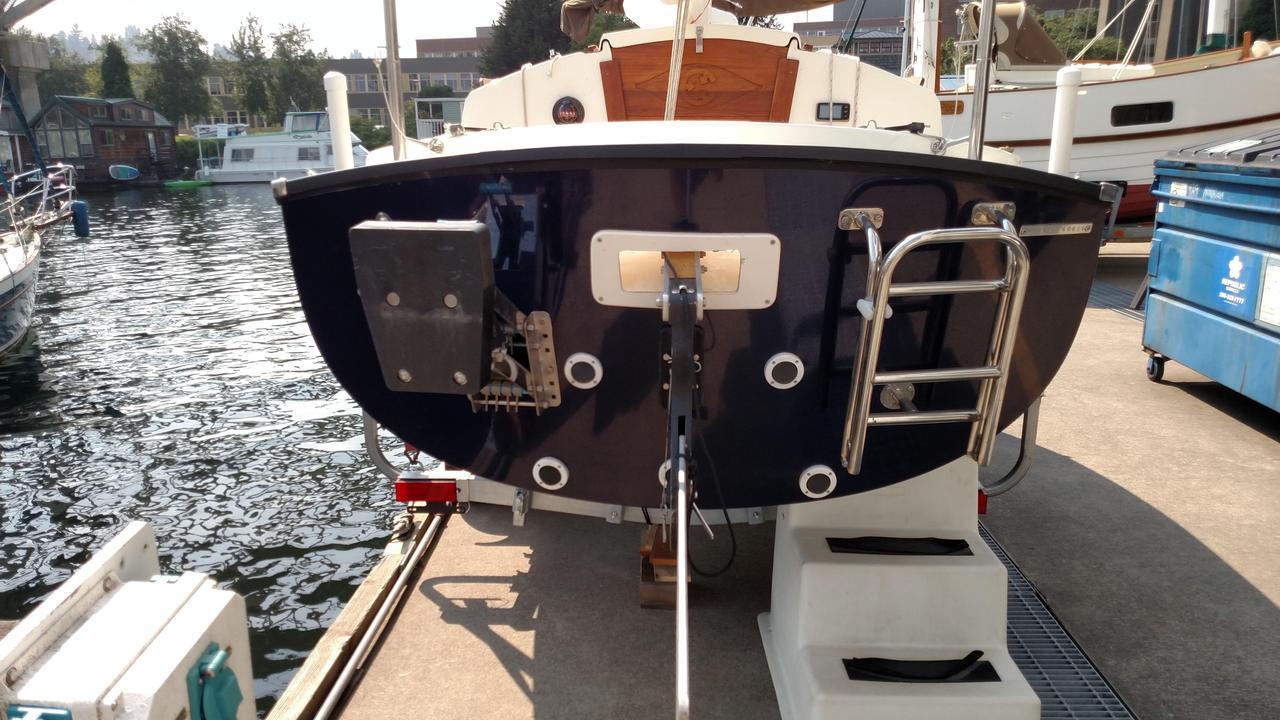 2016 Used Com-Pac Sun Cat Daysailer Sailboat For Sale