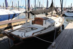 Used Herreshoff H-28 Cutter Sailboat For Sale
