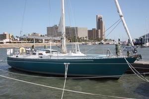 Used High Tech Yachts Harris 45 Racer and Cruiser Sailboat For Sale