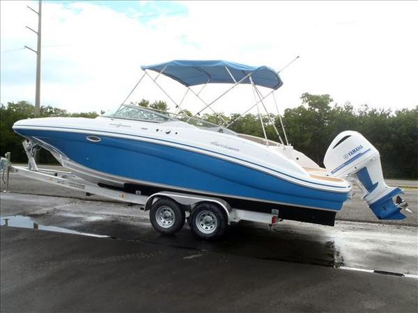 New Hurricane SunDeck SD 2690 OB Deck Boat For Sale