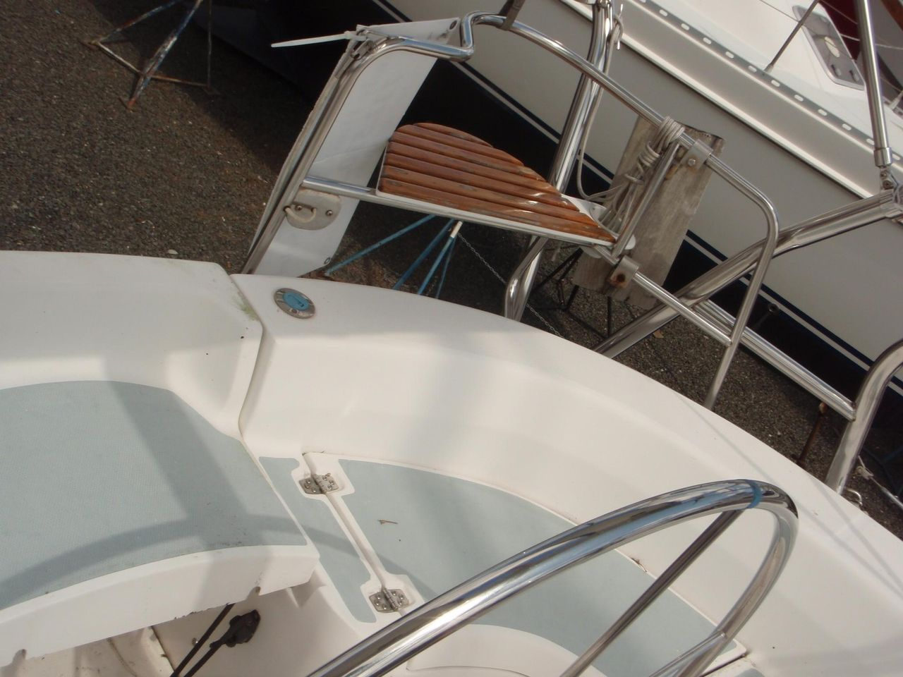 2002 Used Hunter 410 Sloop Sailboat For Sale - $89,900