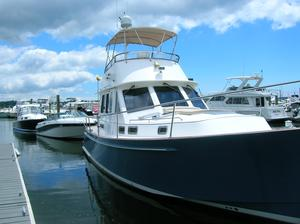 Used Legacy 42 Flybridge Boat For Sale