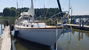 Used Allied Luders Cruiser Sailboat For Sale