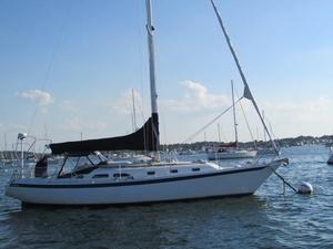 Used Ericson 38-200 Racer and Cruiser Sailboat For Sale