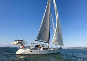 Used Hylas Raised Salon Cruiser Sailboat For Sale