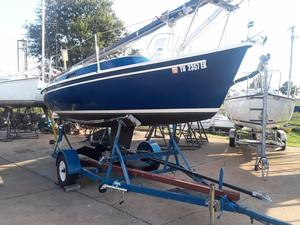 Used Freedom 21 Daysailer Sailboat For Sale