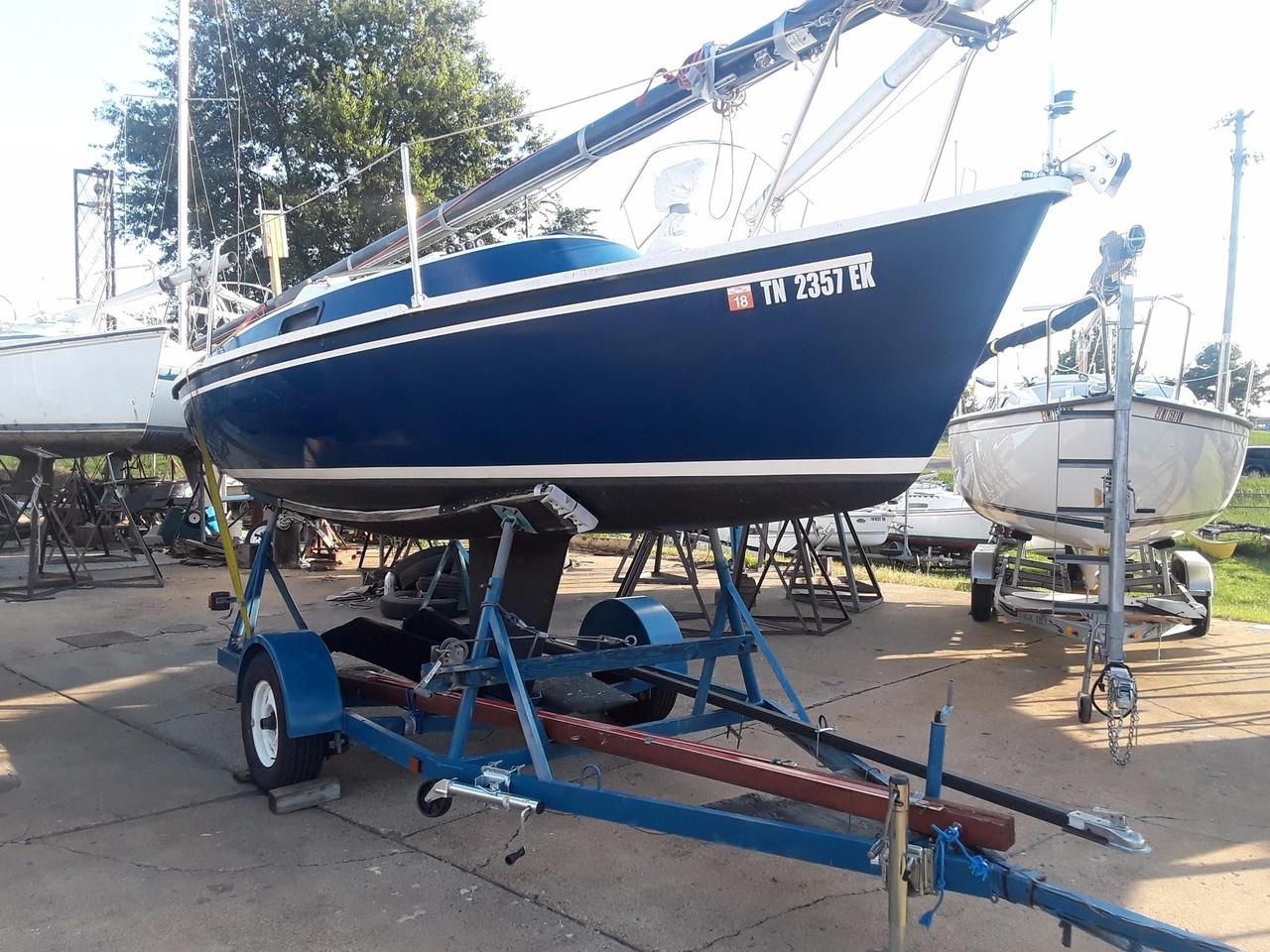 1983 Used Freedom 21 Daysailer Sailboat For Sale - $5,900 - TN, US