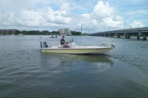 Used Maverick 21 Master Angler Center Console Fishing Boat For Sale