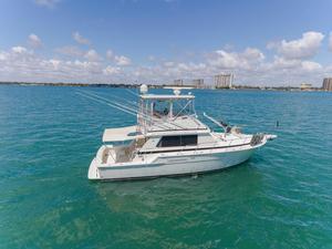 Used Bertram 42 Convertible Saltwater Fishing Boat For Sale