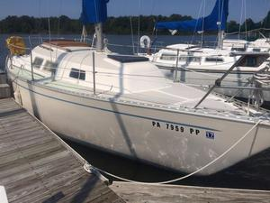 Used Columbia 8.3 Cruiser Sailboat For Sale