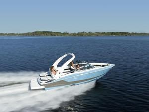 New Regal 2300 Bowrider Boat For Sale