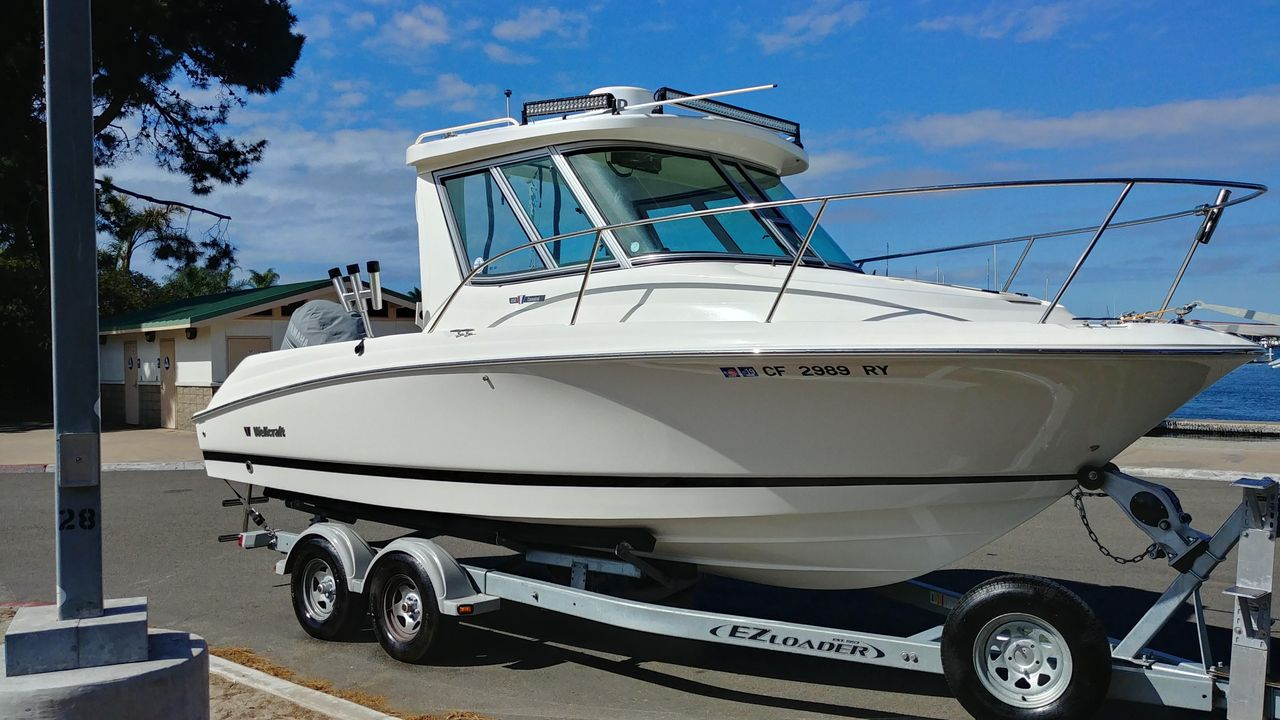 2016 Used Wellcraft Coastal 232 Cuddy Cabin Boat For Sale