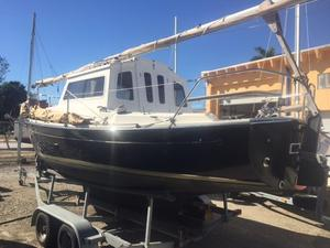 Used Com-Pac 23 Pilot House Motorsailer Sailboat For Sale