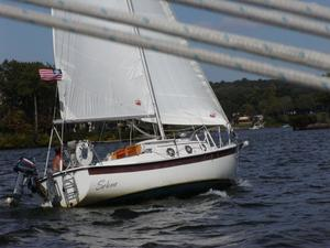 Used Com-Pac 23 Cruiser Sailboat For Sale
