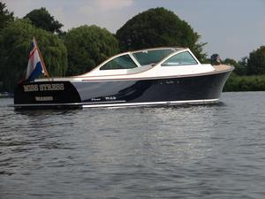 New Long Island 33 Runabout Express Cruiser Boat For Sale