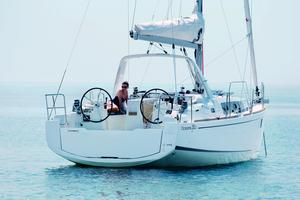 New Beneteau Oceanis 35.1 Daysailer Sailboat For Sale