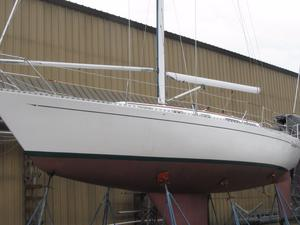 Used Islander P/40 Racer and Cruiser Sailboat For Sale