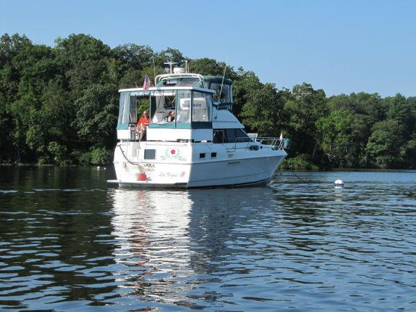 Used Silverton Flybridge Boat For Sale
