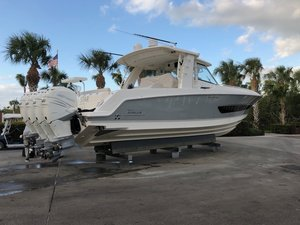 Used Boston Whaler 42 Outrage Center Console Fishing Boat For Sale