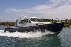 New Back Cove 41 Express Cruiser Boat For Sale