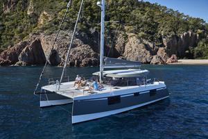 New Nautitech 40 Open Catamaran Sailboat For Sale