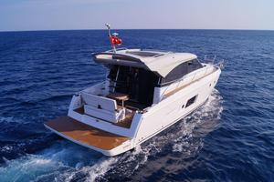 New Bavaria Virtess 420 Coupe Motor Yacht For Sale