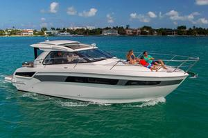 New Bavaria Sport 400 Coupe Motor Yacht For Sale
