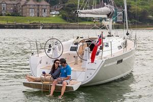 New Bavaria Cruiser 34 Racer and Cruiser Sailboat For Sale