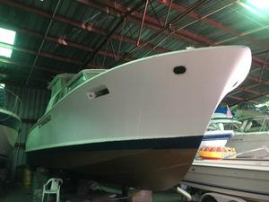 Used Chris Craft 42 Commander Motor Yacht For Sale