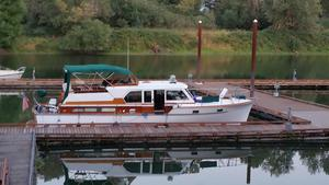 Used Matthews Double Cabin Aft Cabin Boat For Sale