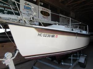 Used Com-Pac 19 Daysailer Sailboat For Sale